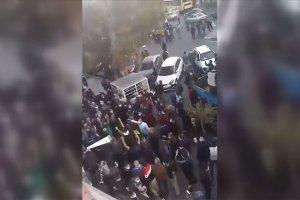 Tebriz'de Ermenistan ile İran arasındaki sınır kapısı eylemi