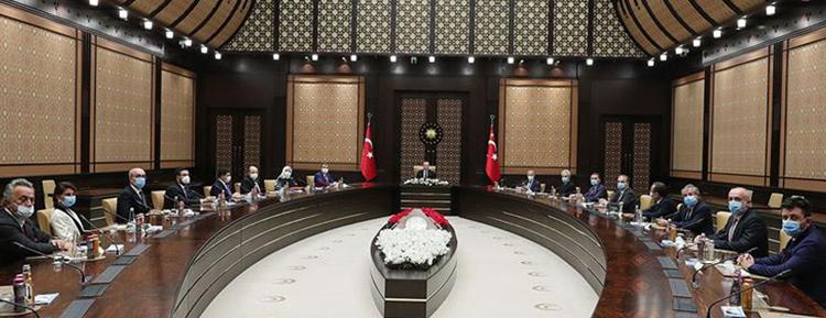 Cumhurbaşkanı Erdoğan, Özel Hastaneler ve Sağlık Kuruluşları Derneği yöneticilerini kabul etti