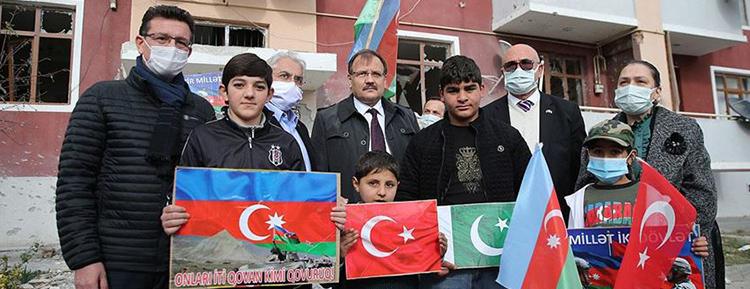 TBMM üyeleri Ermenistan'ın saldırılarında sivillerin öldüğü Berde ve Terter'i ziyaret etti