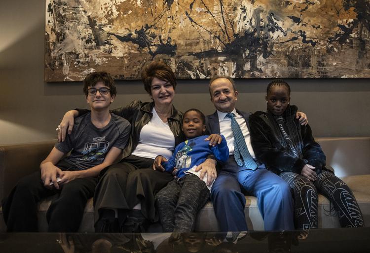 Türkiye'nin hayırsever sefiresi: Dışişleri Üstün Hizmet Ödüllü 'Türkiye Anne'
