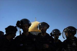 İsrail polisi korumasındaki 130 fanatik Yahudi'den Mescid-i Aksa'ya baskın