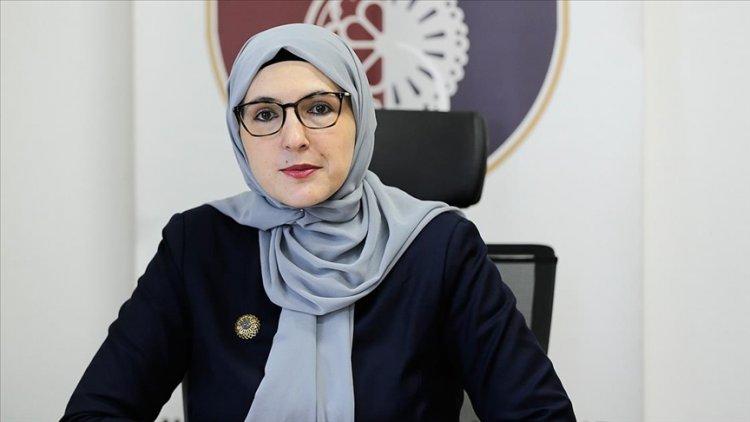 Bosna Hersek'in başörtülü ilk bakanı kadınların yönetimlerde daha fazla yer almasını istiyor