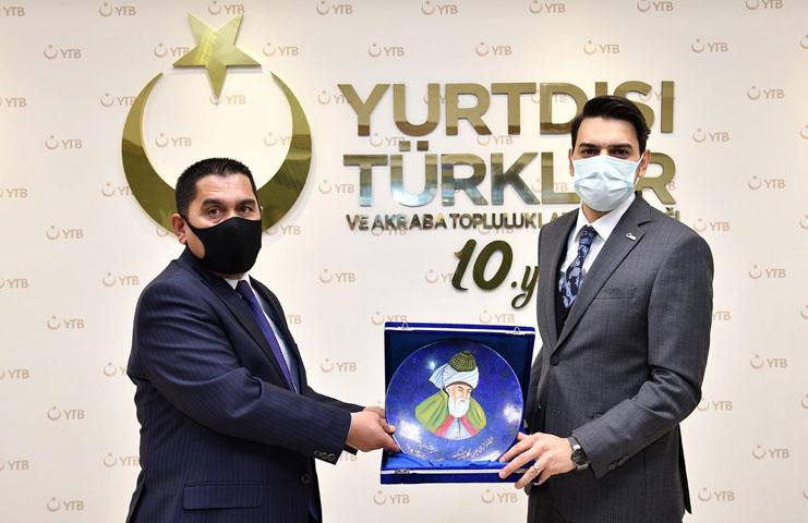 Türkiye Mezunu Bakan'dan YTB'ye Ziyaret