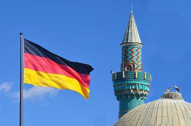 Almanya'da her iki günde bir İslam karşıtı saldırı yaşanıyor