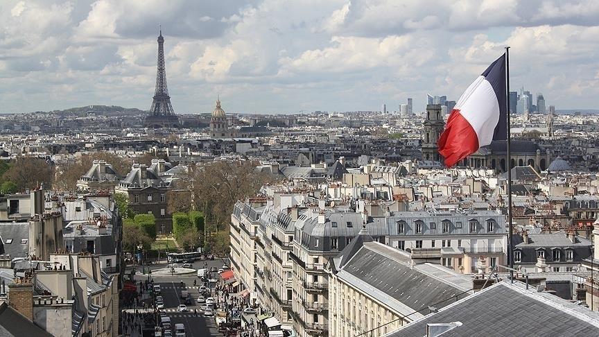 Fransa, AB dışındaki ülkelerden giriş çıkışları yasaklayacak