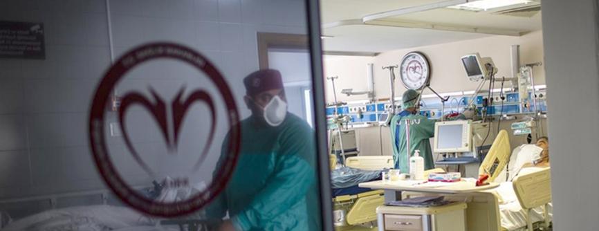 Türkiye'de 7 bin 906 kişinin testi pozitif çıktı, 90 kişi hayatını kaybetti