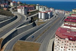 Karadeniz Sahil Yolu'nun Trabzon geçişinde trafiği rahatlatacak proje tamamlanıyor
