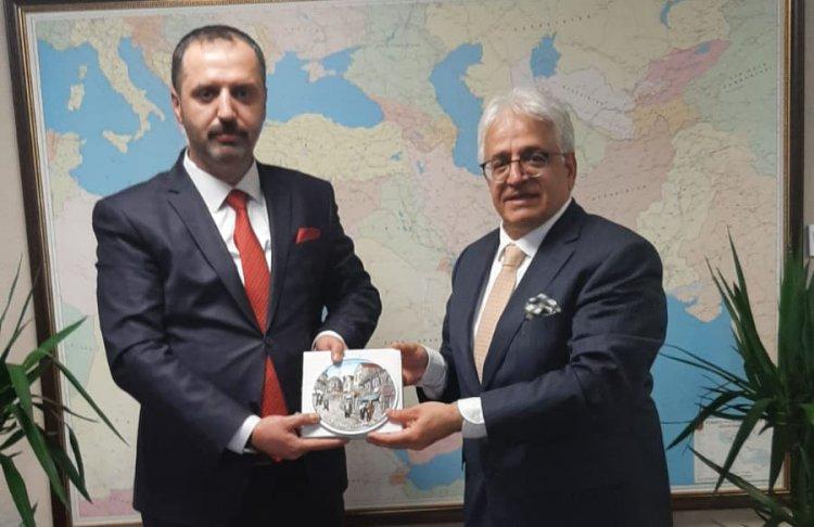 Makedonya ve Tatar Türk'lerinden TİKA'ya Anlamlı Ziyaret