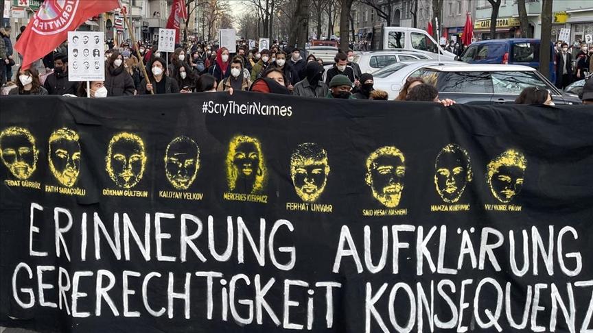 Hanau'daki ırkçı terör kurbanları için Köln'de dikilen anıt tahrip edildi