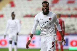 Süper Lig'in en golcü futbolcusu Boupendza Hatayspor'da kaldı