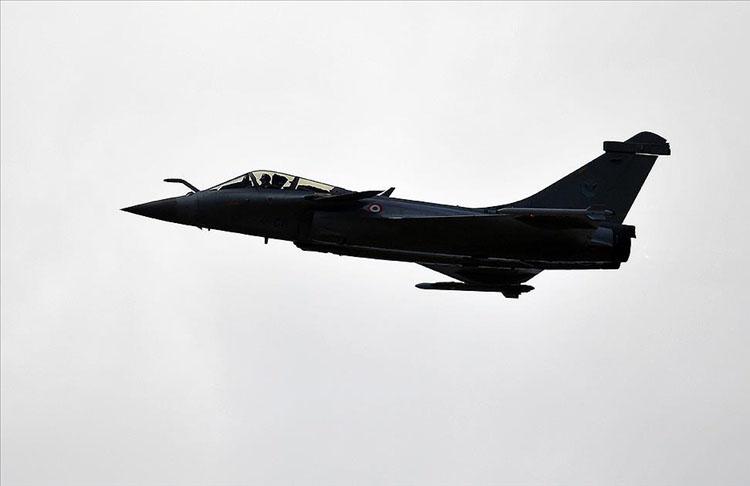 Fransa'nın Hindistan'a savaş uçağı satışında naylon fatura şüphesi