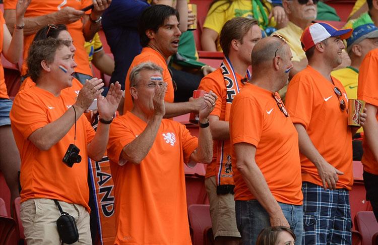 Hollanda, EURO 2020 maçlarını en az 12 bin seyirciyle oynatmak istiyor