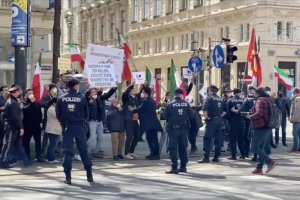 Viyana'da yapılacak İran nükleer görüşmeleri ertelendi
