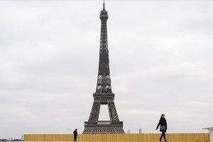 Fransa'da bir günde 43 bin 505 Virüs vakası görüldü