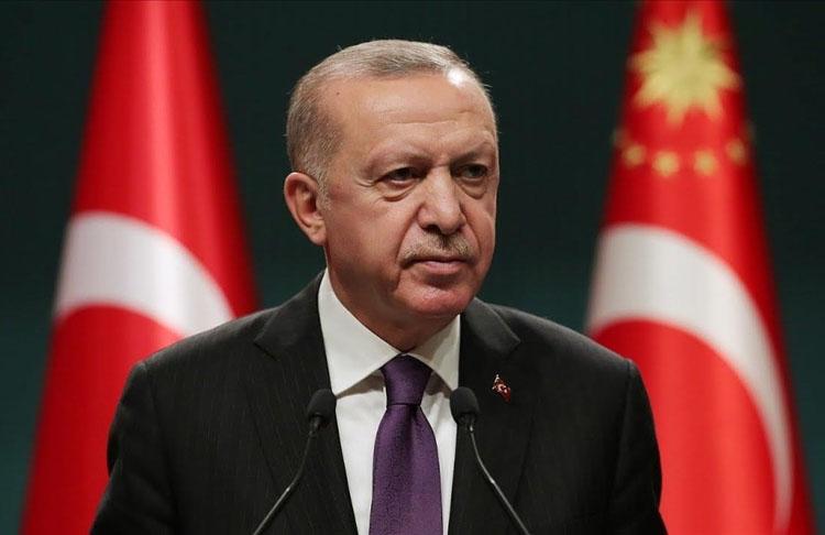 Cumhurbaşkanı Erdoğan, vefatının 28. yılında Cumhurbaşkanı Turgut Özal'ı andı