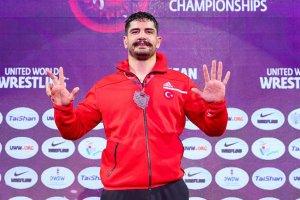 Taha Akgül 'Avrupa güreş tarihine' geçti