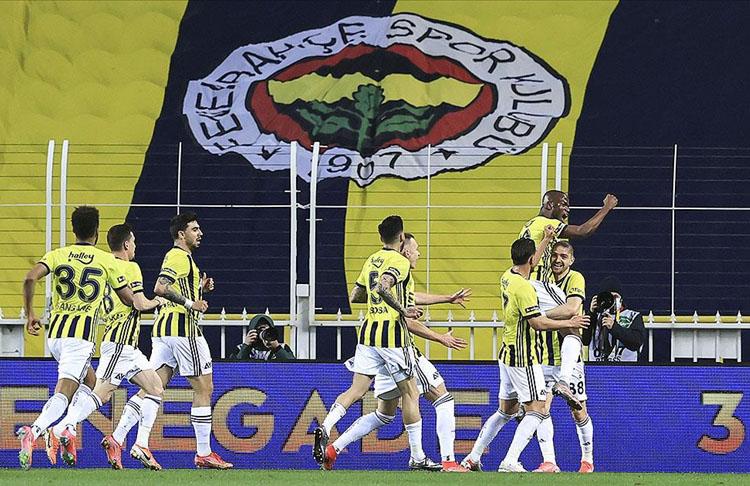 Emre Belözoğlu ile 5 maçta 4 galibiyet
