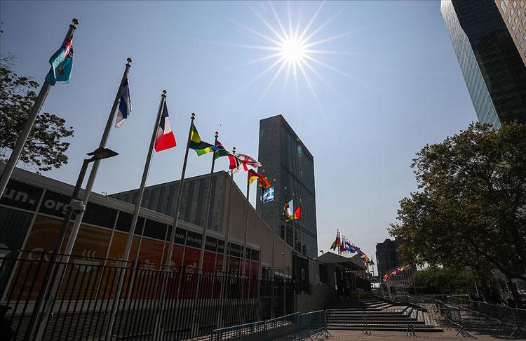 STK'lar Fransa'nın refakatsiz sığınmacılara kötü muamelesini BM'ye şikayet etti