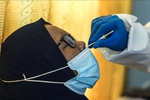 Endonezya'da kullanılmış çubuklarla virüs testi yapıldığı ortaya çıktı