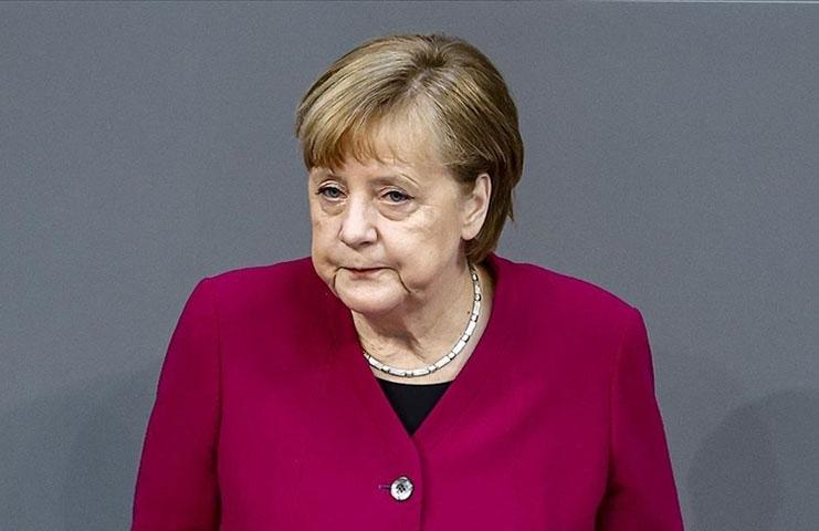 Başbakan Merkel: Sanayileşmiş ülkeler salgına rağmen iklim değişikliği ile mücadeleye devam etmeli