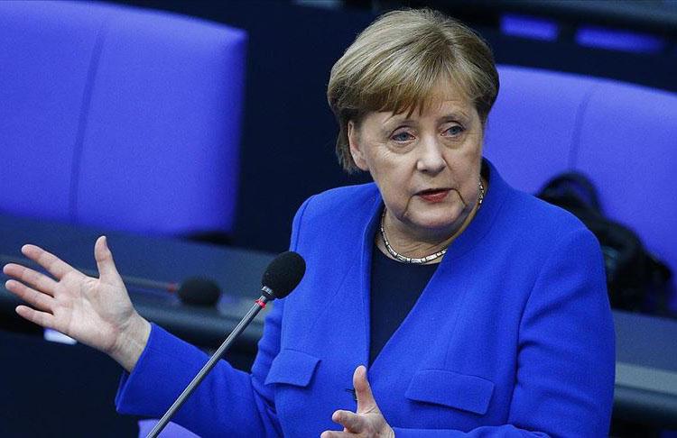 Almanya Başbakanı Merkel: üçüncü dalgayı kırdık