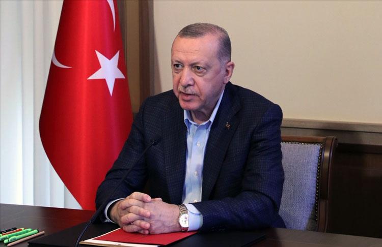 Cumhurbaşkanı Erdoğan: Pazartesi gününden itibaren kontrollü normalleşme takvimimizi başlıyoruz