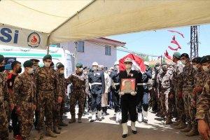 Şehit özel harekat polisi Kabalay'ın naaşı Denizli'de toprağa verildi
