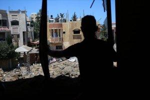 İsrail hamile kadın ve 6 kişilik aileyi hedef oldu