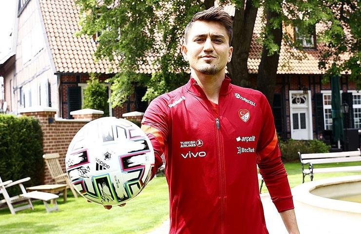 A Milli Takım futbolcusu Cengiz: İtalya'yı yenecek güce sahibiz
