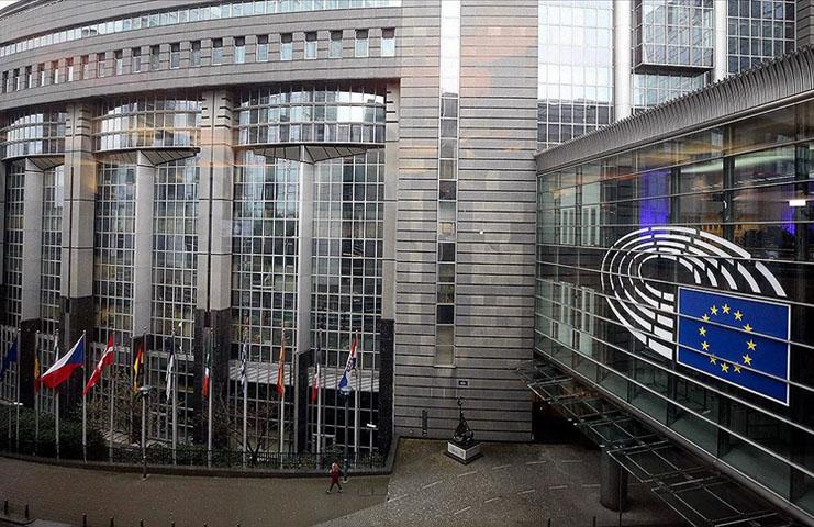Avrupa Parlamentosu'ndan Dijital Virüs Sertifikası'na 'evet' oyu