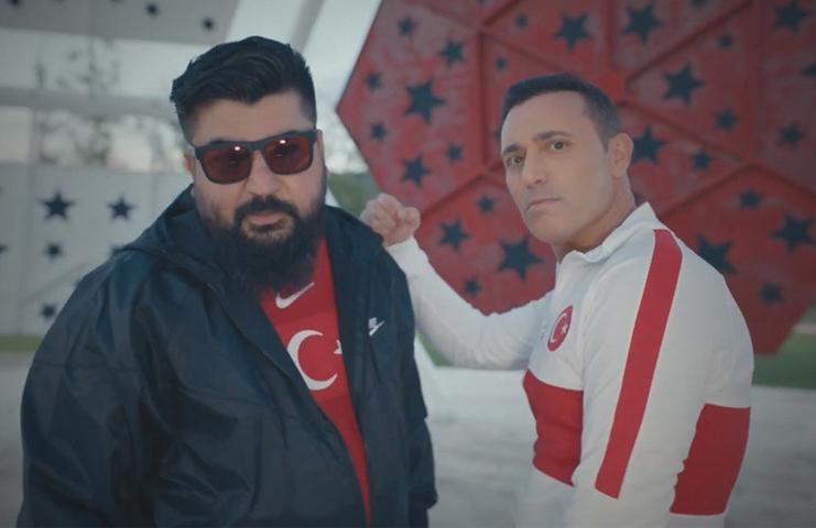 Mustafa Sandal'dan A Milli Futbol Takımı'nın EURO 2020 şarkısı