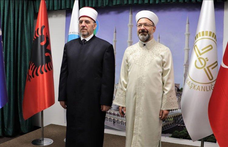 Diyanet İşleri Başkanı Erbaş, Kosova İslam Birliği'ni ziyaret etti
