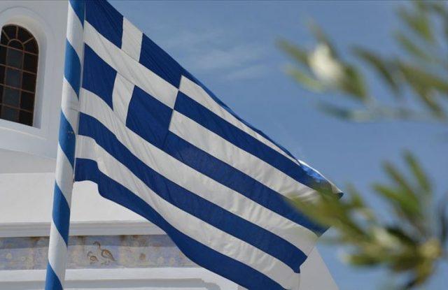 Yunanistan uluslararası seyahat kısıtlaması uyguluyor