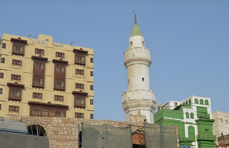 Suudi Arabistan'da cami hoparlörlerine yönelik kısıtlama kararına tepkiler büyüyor