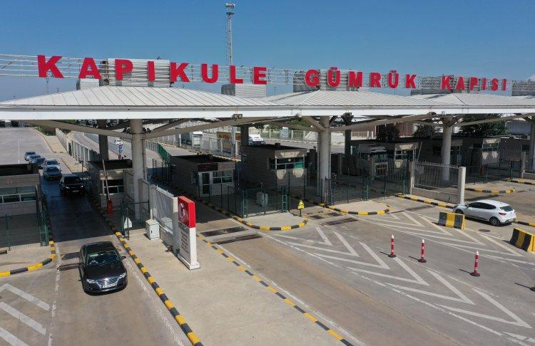 YTB, Türkiye'ye girişte en çok karşılaşılan soruları yanıtladı