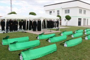 Bosna savaşının 18 isimsiz kurbanı toprağa verildi