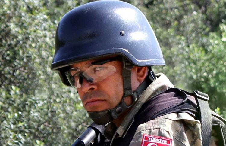 Şehit Ömer Halisdemir 'Ben Ömer' belgeselinin özel gösteriminde anılacak