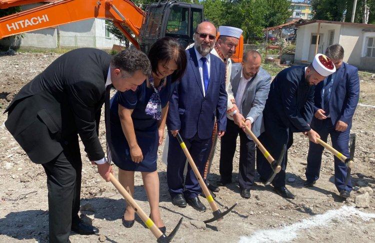 Bulgaristan'da memleket hasreti Mestanlılı Türkleri buluşturdu