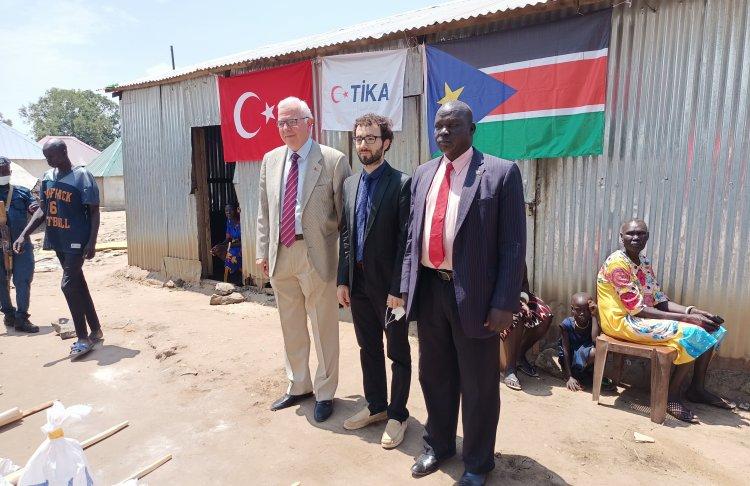 TİKA'dan Güney Sudanlı çiftçilere tohum desteği