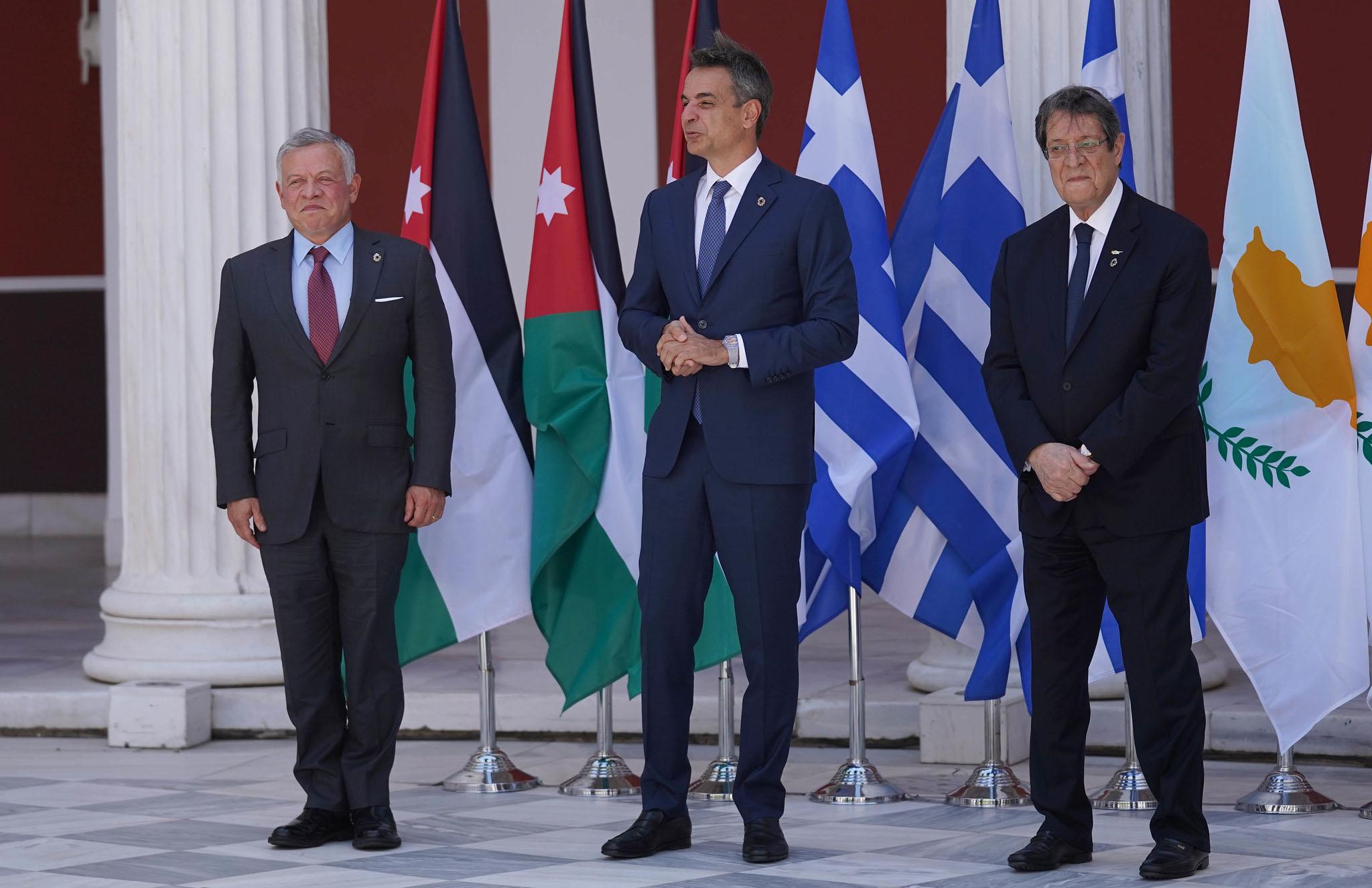 Yunanistan Başbakanı Miçotakis Ürdün Kralı'nı Atina'da ağırladı