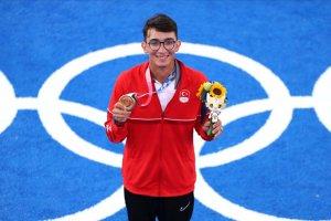 Mete'nin aldığı şampiyonlukla altın madalya sayısı 40 oldu