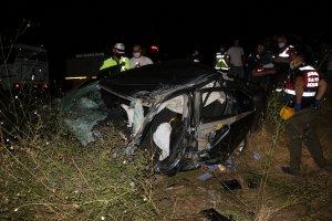 Edirne'de tırla otomobil çarpıştı
