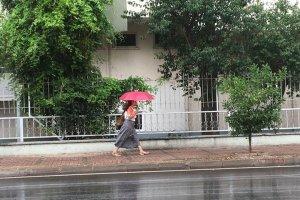 Antalya'da yağmurla gelen sevinç