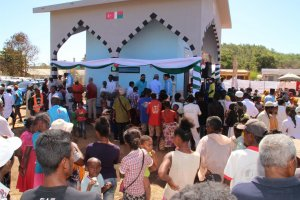 TDV Madagaskar'da açtığı su kuyusu ve vakıf çeşmesiyle bölge halkına umut oldu