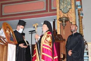 Fener Rum Patriği Bartholomeos, Trabzon'daki Santa Maria Katolik Kilisesi'nde akşam duasına katıldı
