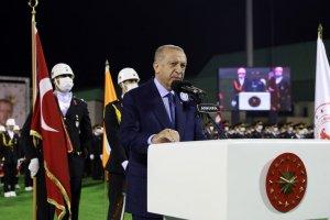 """Cumhurbaşkanı Erdoğan""""Türk ekonomisi ikinci çeyrekte reel olarak en hızlı büyüyen ekonomi oldu"""