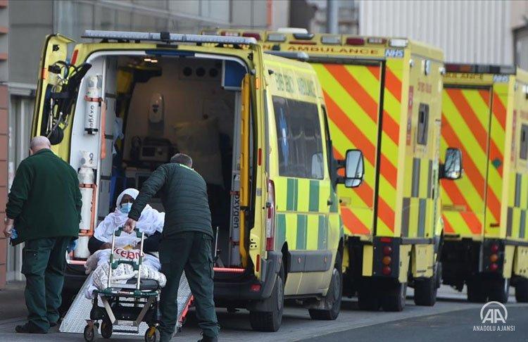 İngiltere'de Virüs salgınında son 6 ayın en yüksek günlük ölüm sayısı