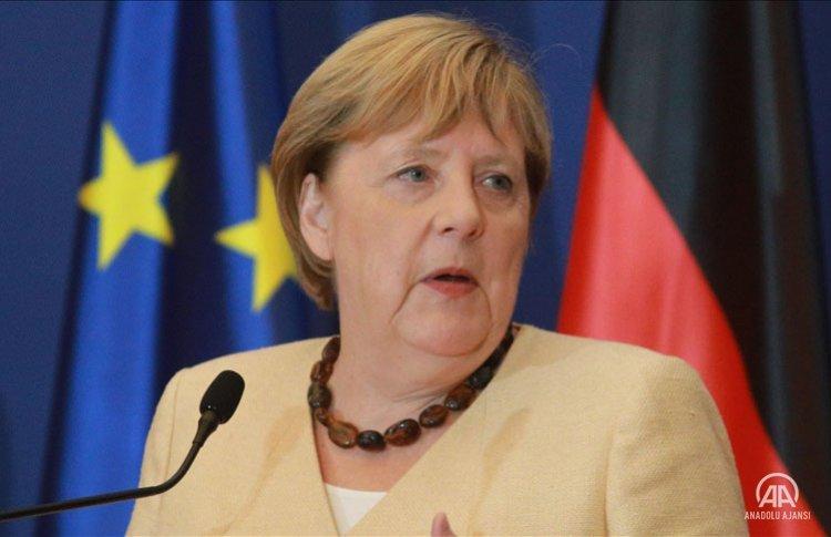 Avrupalılar 'Avrupa Başkanı' seçiminde Macron'u değil Merkel'i tercih ediyor