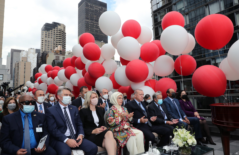 Cumhurbaşkanı Erdoğan, New York'ta yeni Türkevi Binasının açılışında konuştu