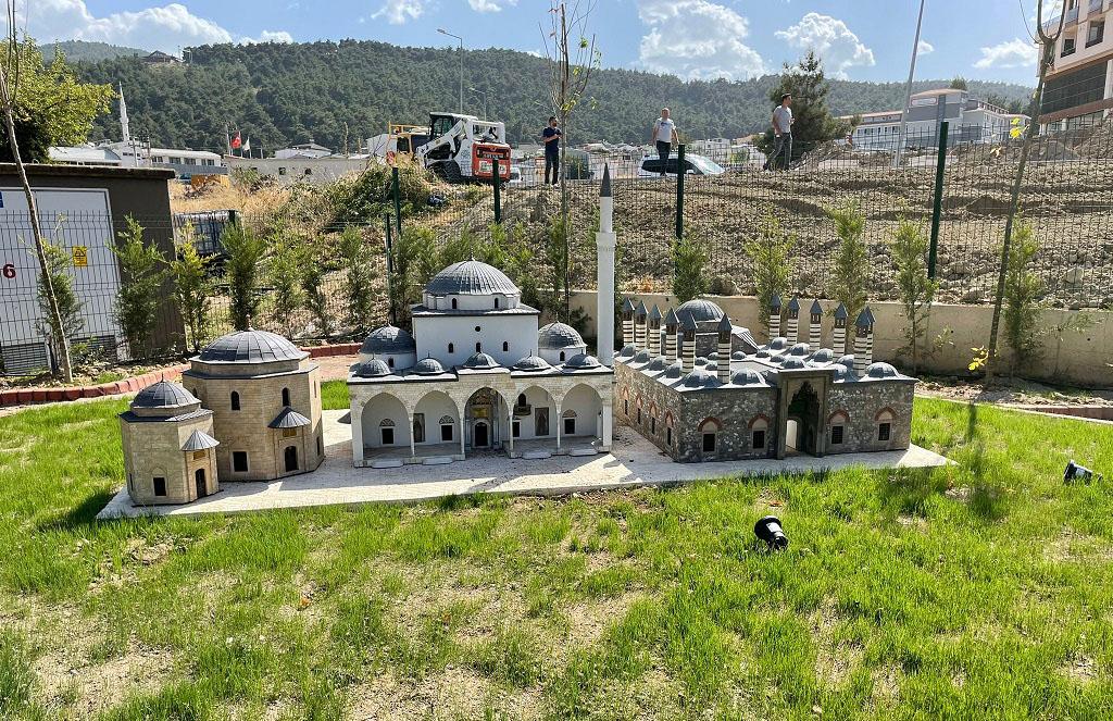 YTB'nin Desteğiyle Bursa'da Balkan Parkı